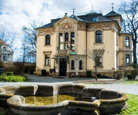villa-von-aussen-wip-dresden