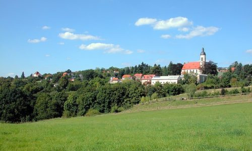 800px-20080909105DR_Pesterwitz_(Freital)_Panorama